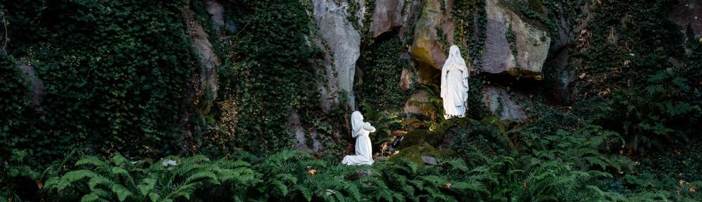 Lourdes Grotto-Banner--grant-whitty-6uCJVAHysg0-unsplash.jpg